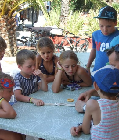 kids'-club